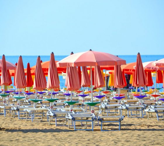 beach-3499472_1920-1200x798-1