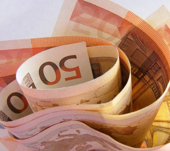 money-87224_1280