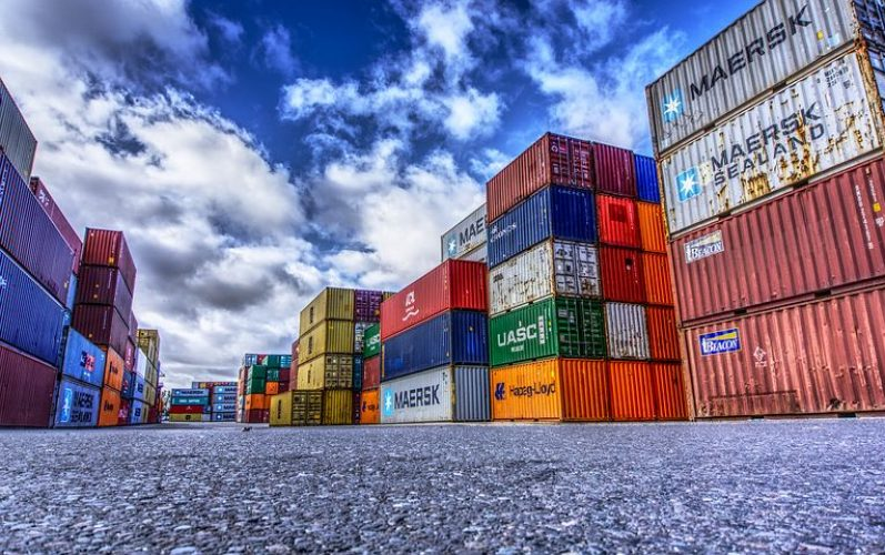 container-3118783__480