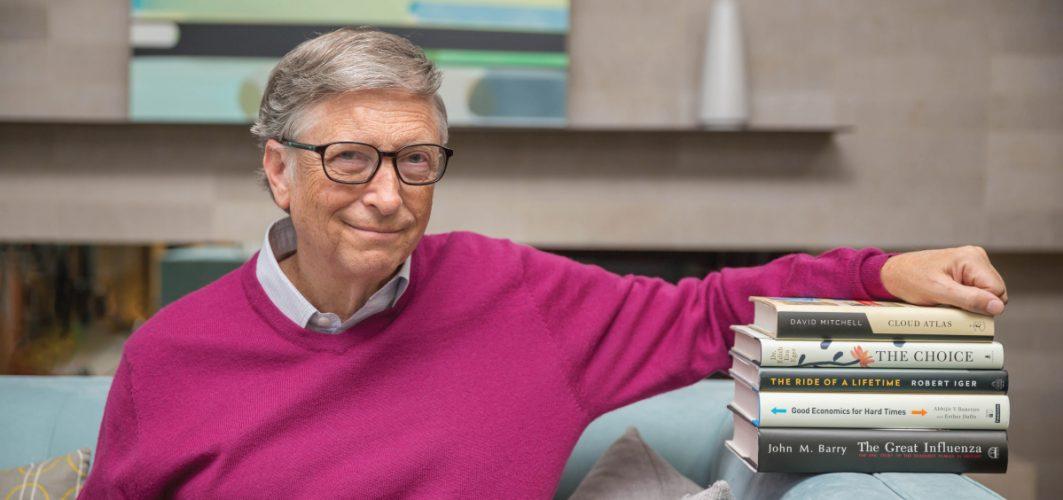 Препоръките на Бил Гейтс за книги и филми за лятото