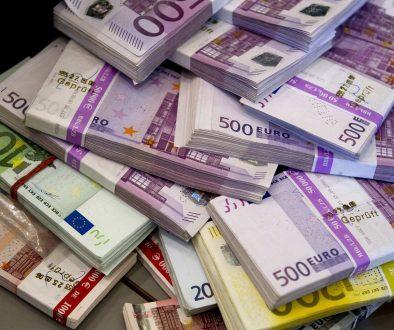 money-891747_1920