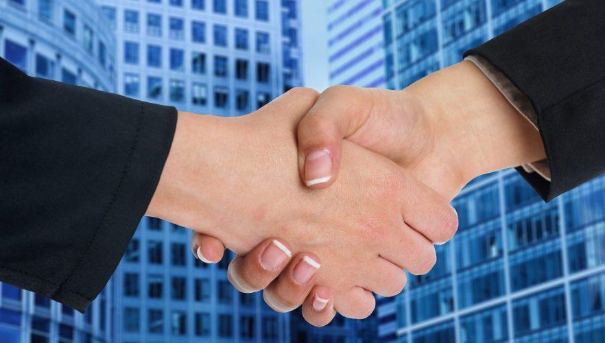 handshake-4293861_1920