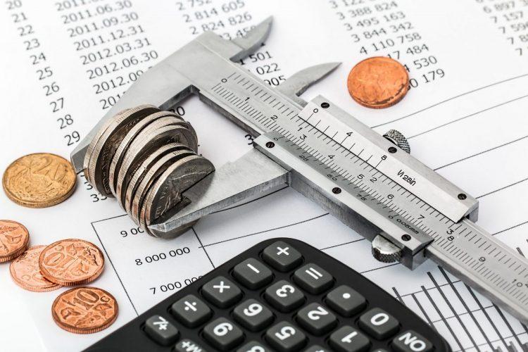 Измамната бюджетна стабилност