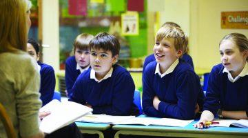 Учебната година започва на 15 септември присъствено. Кои деца е препоръчително да си останат вкъщи?