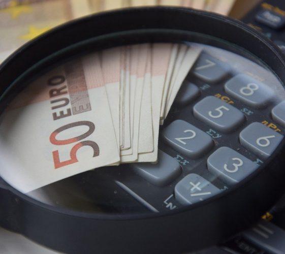 Дефицитът и дългът са инструменти, а не самоцел