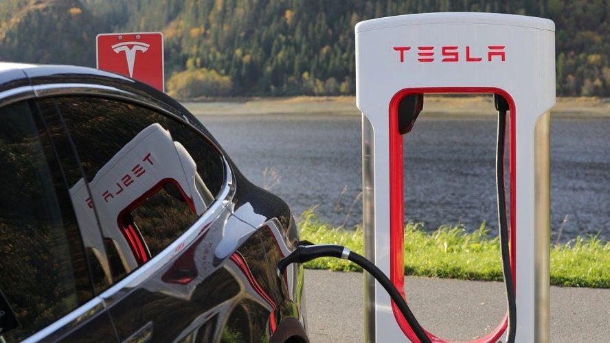"""""""Денят на батерията"""" на Tesla не впечатли Уолстрийт"""
