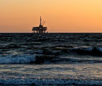Западният свят си прави енергийно харакири