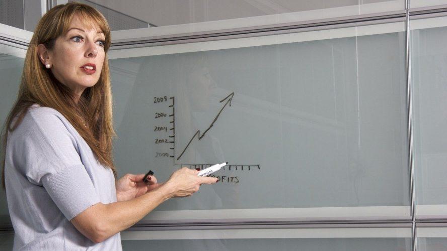 Накъде след ударното повишаване на учителските заплати?