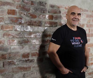 Георги Брашнаров: Плуващият с акули
