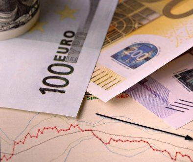 Брутният външен дълг намалява