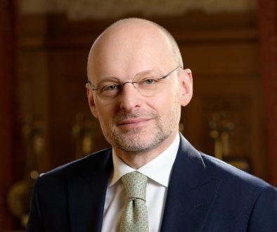 Новият главен изпълнителен директор на Банка ДСК Тамаш Хак-Ковач – реализъм в действие
