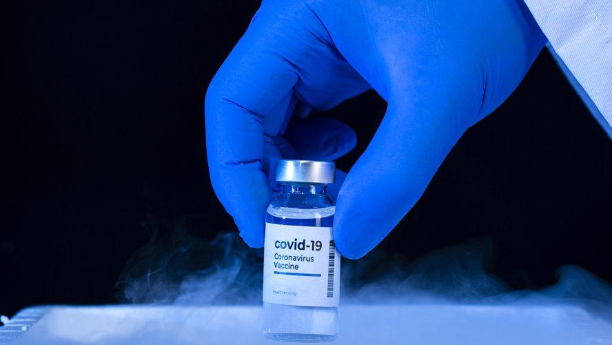 Напълно ваксинирани? Пригответе се за третата си доза