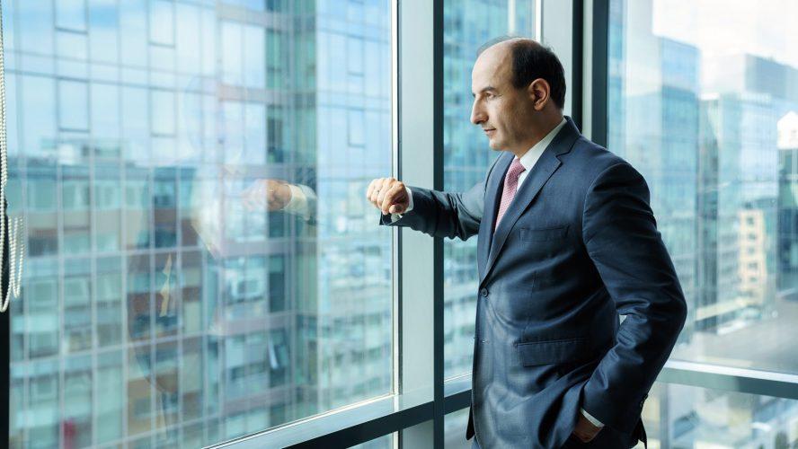 Калин Радев: Агент на финансова промяна