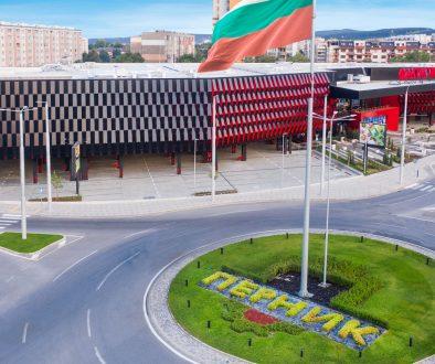 ФАНТАСТИКО отвори най-големия си търговско-развлекателен комплекс