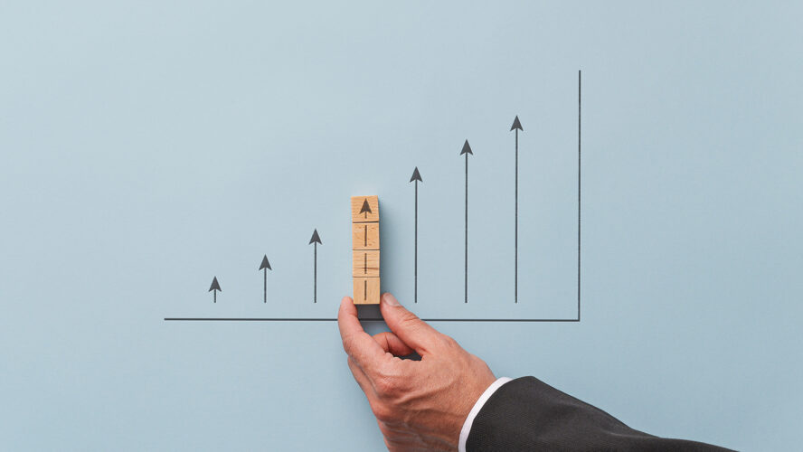 Силен, но неравномерен ръст на глобалната икономика
