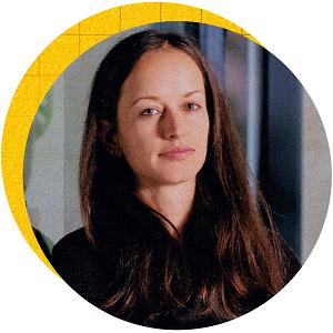 През призмата на стратегическото мислене Кристина Петрова отключва скрития потенциал в компаниите. Международното студио за бизнес редизайн launchlabs Sofia се оказва най-подходящото място за креативността и апетита на Петрова към все по-големи резултати.