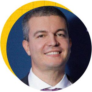 Виктор Билянски залага на иновациите в софтуерните решения още през 2012 г., когато става съосновател на ScaleFocus. Компанията се развива динамично и изглежда интуицията на Билянски не го е подвела. Днес екипът му работи по смелата задача за годишен оборот от 100 млн. евро.