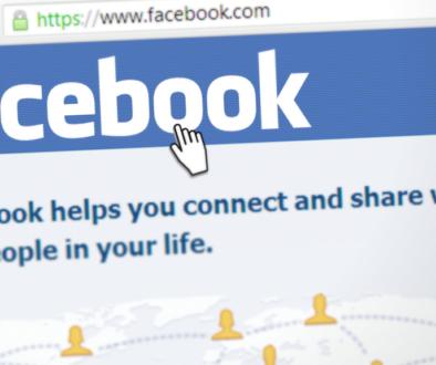 Акциите на Facebook поевтиняха с 4.9%, състоянието на Зукърбърг намаля с милиарди